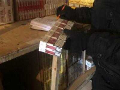 В Челябинске сотрудниками полиции ГУ МВД России по Челябинской области пресечен оборот нелегальной алкогольной и табачной продукции